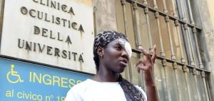 Daisy Osakue, la giovane atleta di origine nigeriana ferita ad un occhio lanciato da un'auto in corsa a Moncalieri, Torino, 30 luglio 2018.  ANSA/ ALESSANDRO DI MARCO