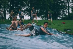 giochi-acqua-campo-estivo
